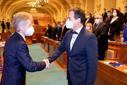 """Jan Grulich – """"náš senátor z hor"""" byl zvolen místopředsedou Výboru pro vzdělávání, vědu, kulturu, lidská práva a petice"""