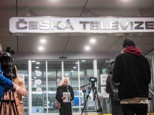 Otevřený dopis premiérovi České republiky Andreji Babišovi. Olga Sommerová a další signatáři otevřeného dopisu upozorňují na to, že nastalá situace ohrožuje nezávislost klíčového veřejnoprávního média