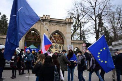Prohlášení Liberálně ekologické strany k ruským útokům proti Česku