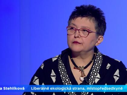Džamila Stehlíková  v pořadu Politické spektrum debatovala o zdanění církevních restitucí